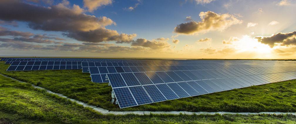 paneles solares para el exterior y hogar en ecuador