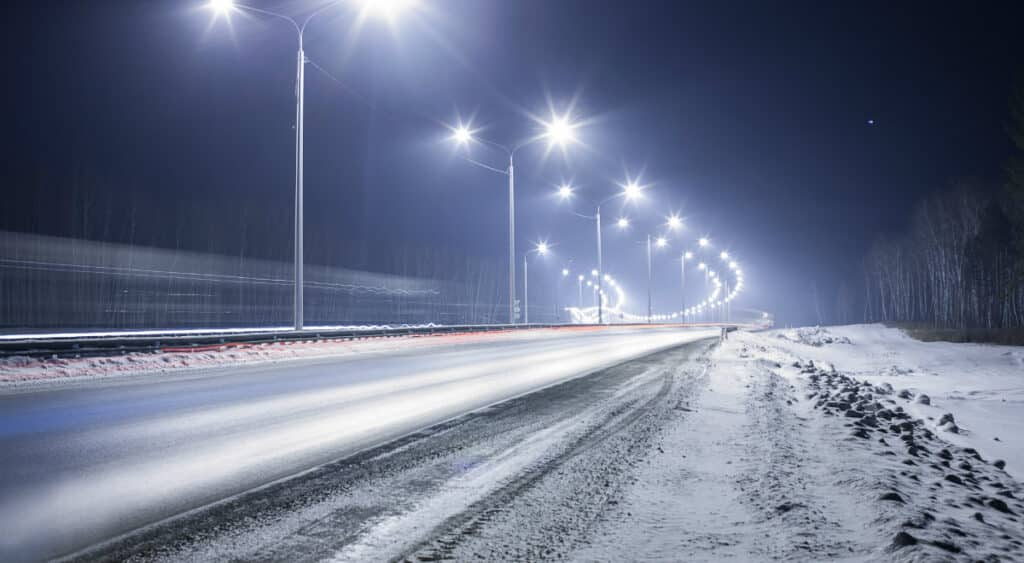 usos de luminarias solares